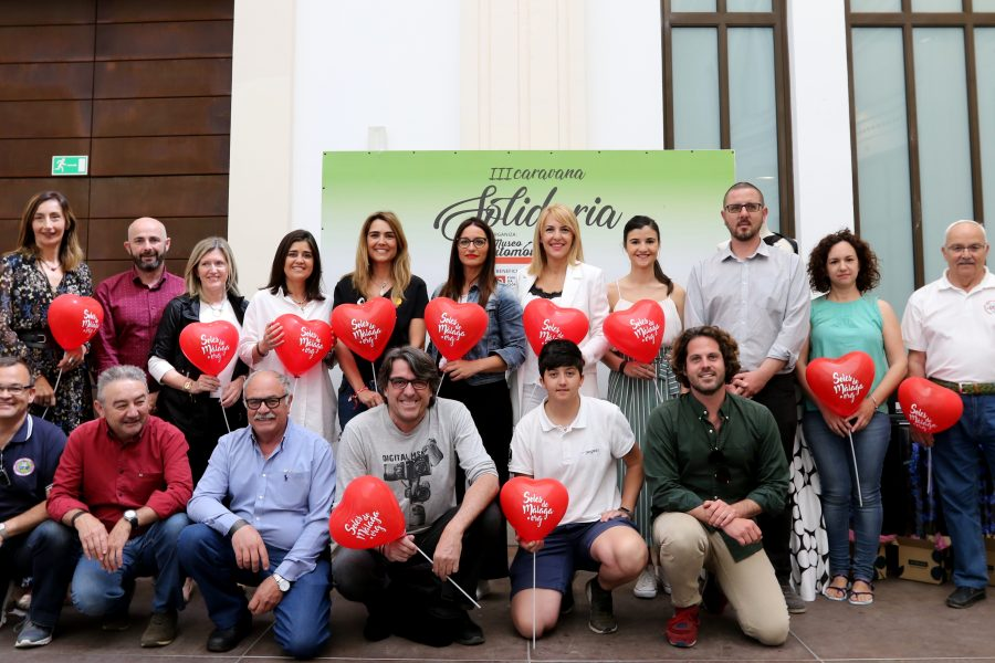 El Museo Automovilístico y de la Moda celebra III Caravana Solidaria a beneficio de la Fundación El Pimpi